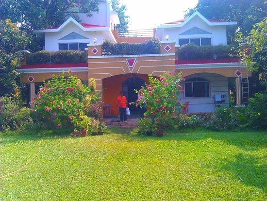 Ghanvatkar Bunglow at Zirad: Bunglow