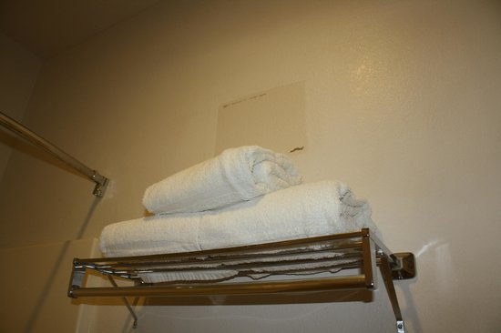 Hawthorn Suites by Wyndham Aransas Pass: everything in the room was disgusting