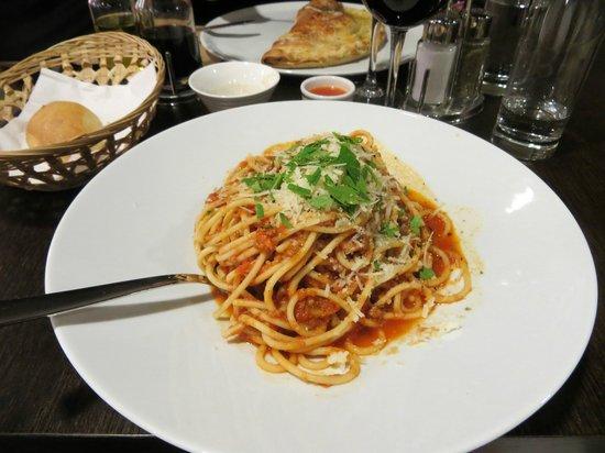 Ristorante Con Amore : Spaghetti Bolognese