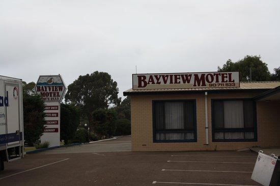 ベイビュー  モーテル