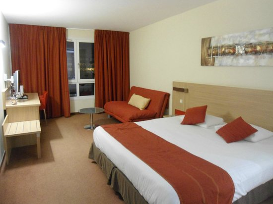 Kyriad Prestige Strasbourg Nord - Schiltigheim : Room
