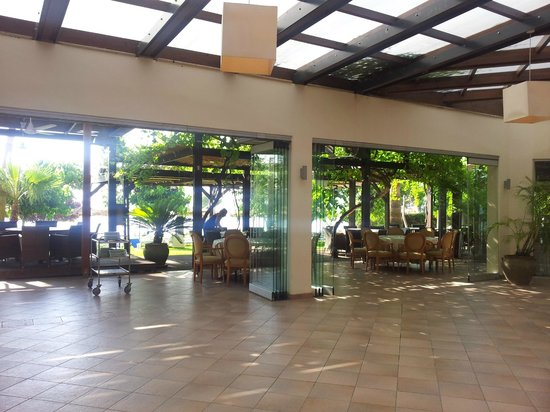 Andreas & Melani Beach Hotel: Hotelinnenraum