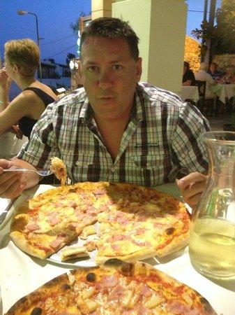 La Piazza, Restaurant - Pizzeria: La Piazza Restaurant,1 July 2013