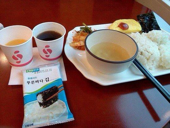 โตโยโกอินน์ปูซาน No.1: 無料朝食