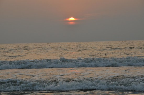 Bekal, India: Valiyaparamba Beach
