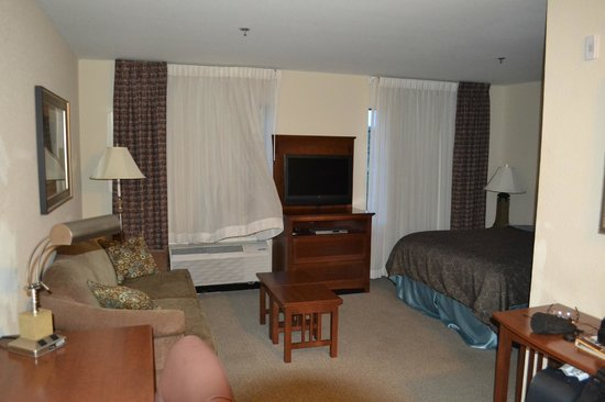 Homewood Suites by Hilton Jacksonville Deerwood Park: Living Room Area