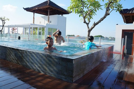 Best Western Swimming Pool Picture Of Kuta