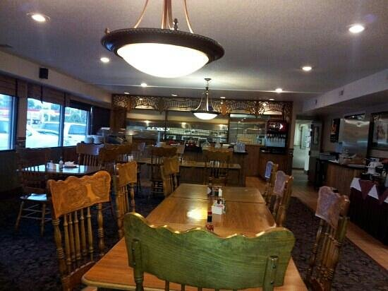 Quality Inn Grand Junction: breakfast room and restaurant