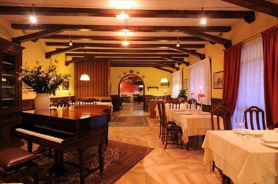 Ristorante Baracca: sala interna n.1