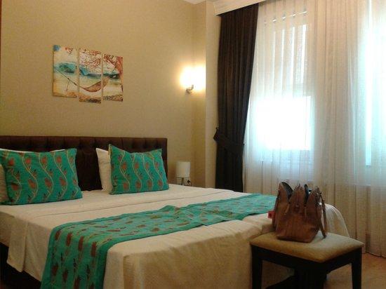 Taksim Plussuite Hotel: Room