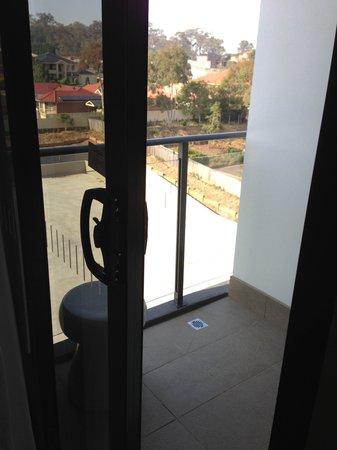 Adina Apartment Hotel Norwest : The balcony