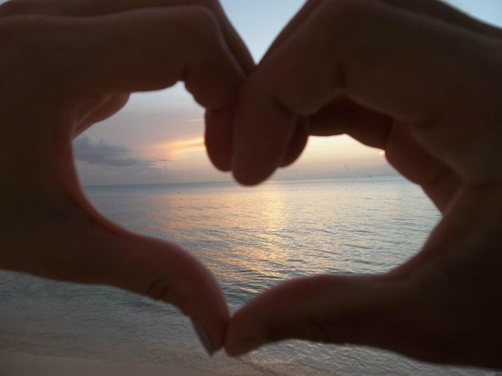 7 Mile Beach Resort and Club: We love sunsets