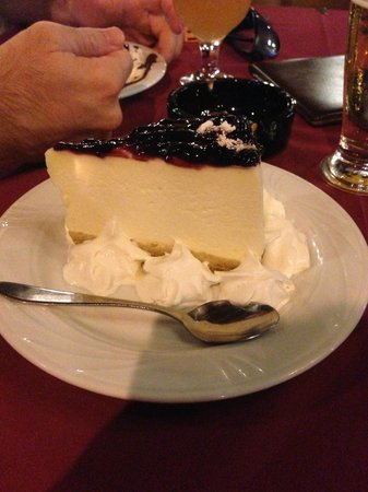 Red Indian American Diner : Cheesecake with Cream