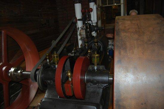 Hanford Mills Museum: Fixed Steam Engine Upstairs