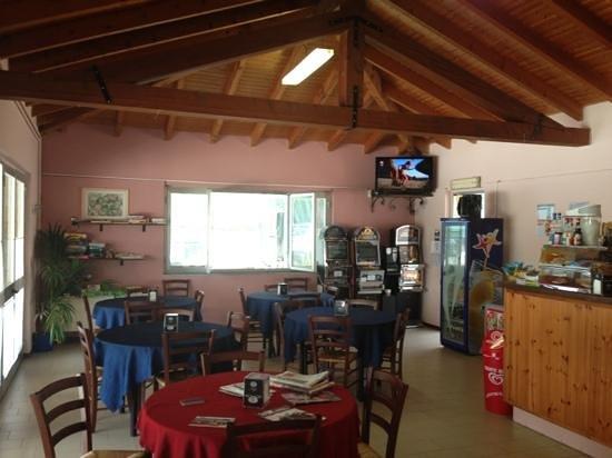 Colazza, إيطاليا: sala interna