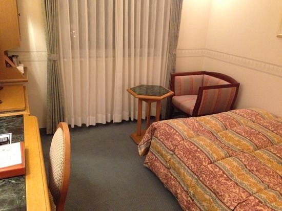 Hotel Merieges Nobeoka : ホテル メリージュ 延岡 シングル