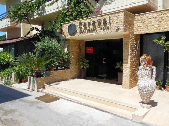 Caravel Apartment Hotel: Het hotel