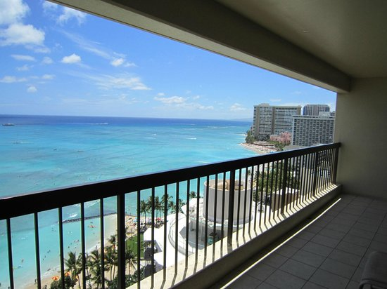 The Residences at Waikiki Beach Tower: ラナイ
