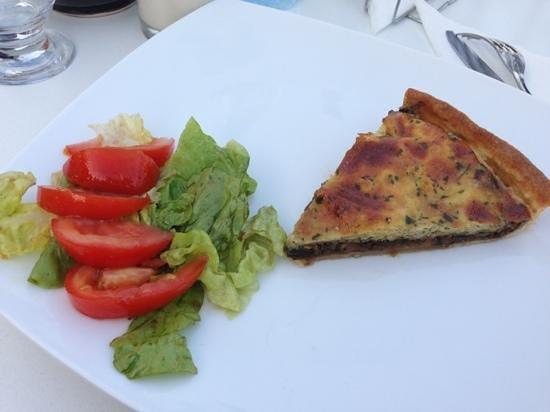 Le 44 cafe restaurant: torta di melanzane