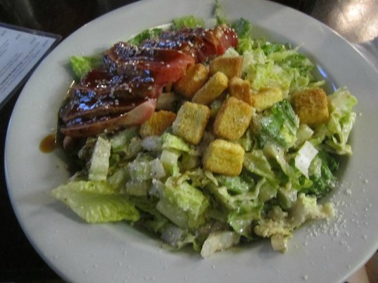 Toomey's : Caesar salad with ahi tuna