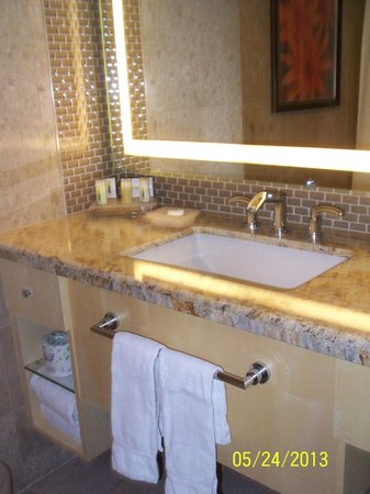 The Mirage Hotel & Casino: The sink