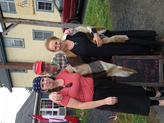 Beanie's Bistro: Beanie came to visit on Canada Day
