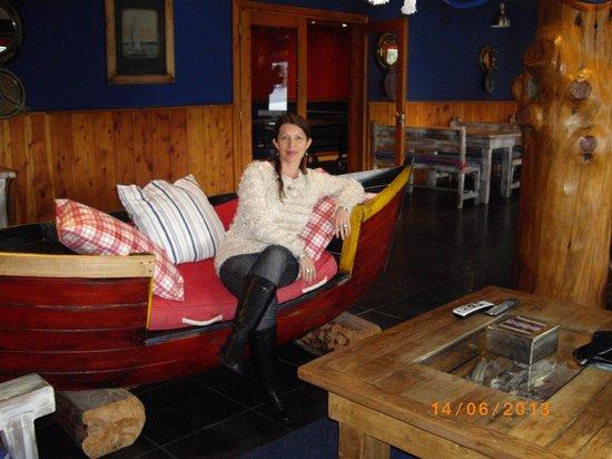 Cabanas Puerto Pireo: Hall del restaurante
