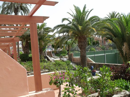 Veiw from appartment picture of jardin del sol for Jardin ingles