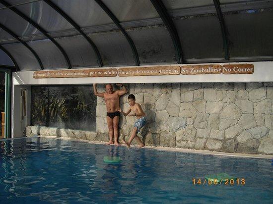 Cabanas Puerto Pireo: Pileta