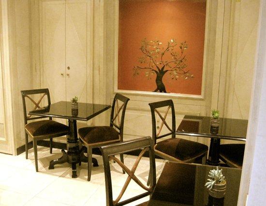 Hotel Saint Germain : Breakfast area