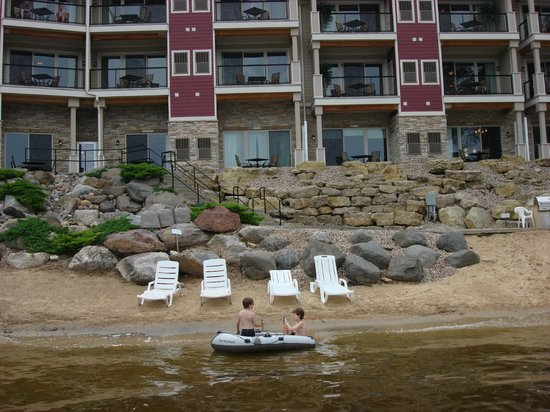 Delton Grand Resort & Spa: view from the pier
