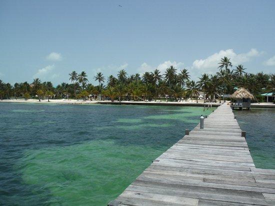 Victoria House Resort & Spa: Beach View