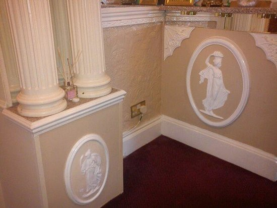 Prince Regent Hotel : The original frescos have been beautifully preserved