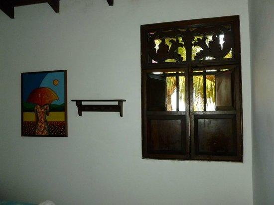 Posada Macanao Lodge: Ventana de la habitación frente al mar