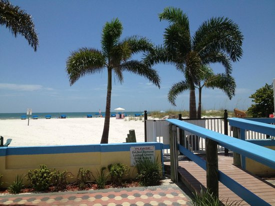 Plaza Beach Hotel - Beachfront Resort: Plaza Beach Hotel