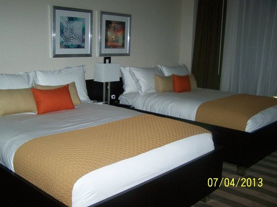 EB Hotel Miami Airport: Double Beds