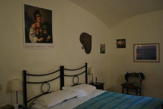 L'incanto di Roma B&B: une des chambres