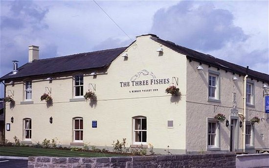 The Three Fishes: three fishes mitton