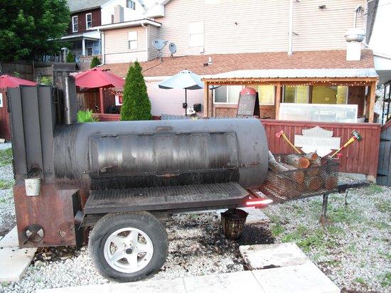 Gorky's : Wood-fired smoker