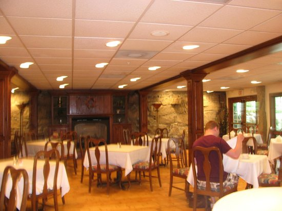 Stonecroft Country Inn : Dining room