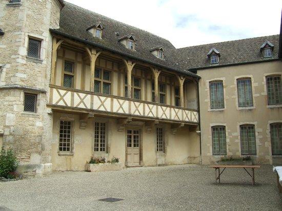 Musée du Vin de Bourgogne : The museum is housed in a mixture of ancient buildings