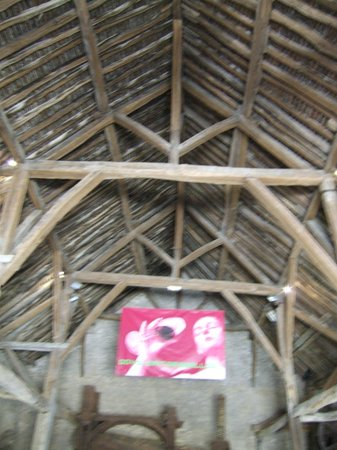 Musee du Vin de Bourgogne: Stunning timbers of the barn roof