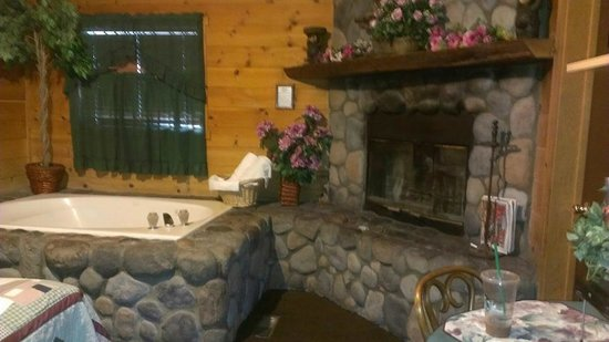 rentals frontier lake affordable cabin cabins big bear room