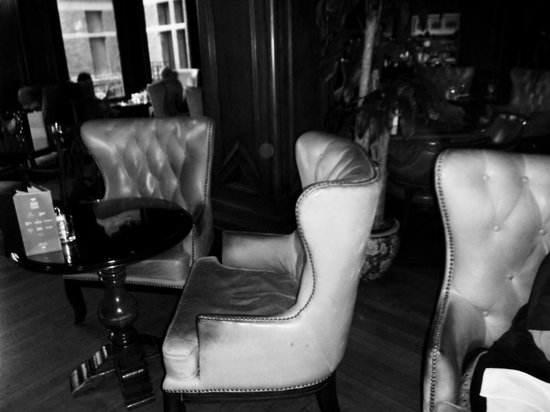 The Bengal Lounge: Typical Lounge Seating