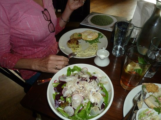 State Road Restaurant: Blue fish cakes with eggs; salad with fennel & beets, Oyster po-boy