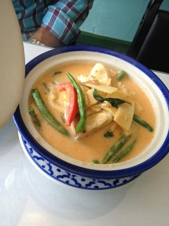 Basil Thai Cuisine: Red Chicken Curry