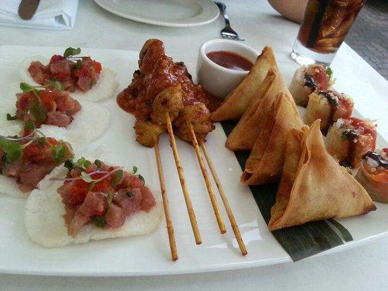 INDO Restaurant & Lounge : Starter plate