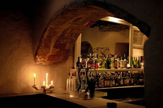 La Cueva : The bar
