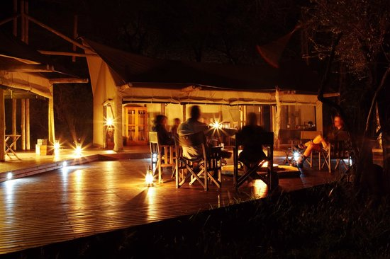 Rhino Walking Safaris at Plains Camp: Evening fireside