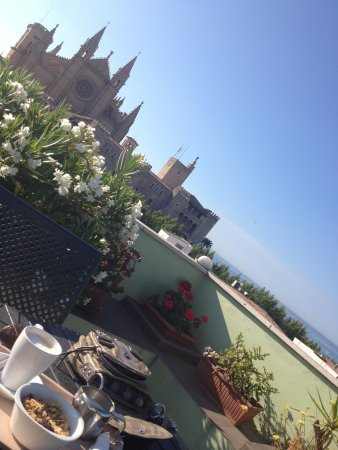 Breakfast Hostal Apuntadores - Perfect start of the day!
